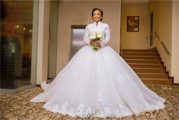 Arabische Vintgae muslimischen High Neck Lace Appliqued Plus Size Brautkleid Luxus Perlen Balck Girl Dubai Brautkleid