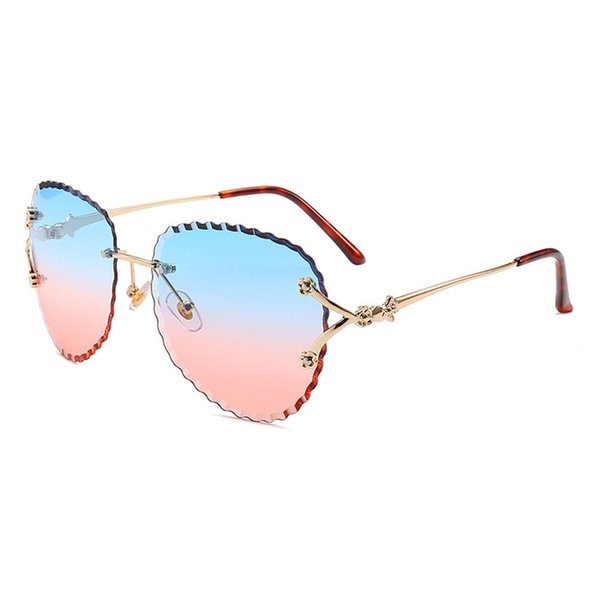 Woman Sexy Cat Eye Sungalsses Fashion Rimless Wavy Edge Sun Glasses Candy Colors Gradient Lens Oculos Ladies Party Eyewear