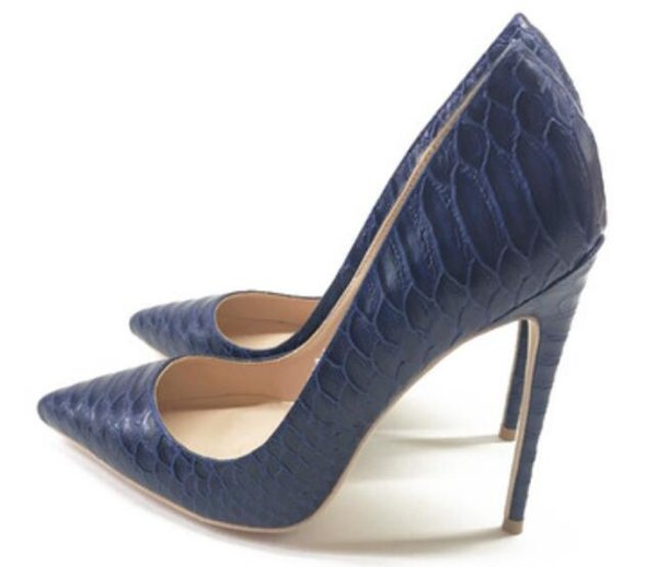 Kutu Toptan Kadınlar Siyah Koyun postu tasarımcı Patent Deri Poined Parmak Kadınlara ile Moda Kırmızı Alt Yüksek Topuklar Ayakkabı Düğün artı SIZ pompaları
