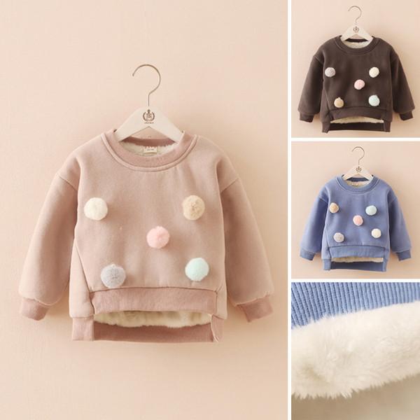 2018 ملابس الأطفال الشتاء الكورية الفتيان والفتيات جاكيتات كرات الفراء لطيف أفخم سميكة بلوزات دافئة