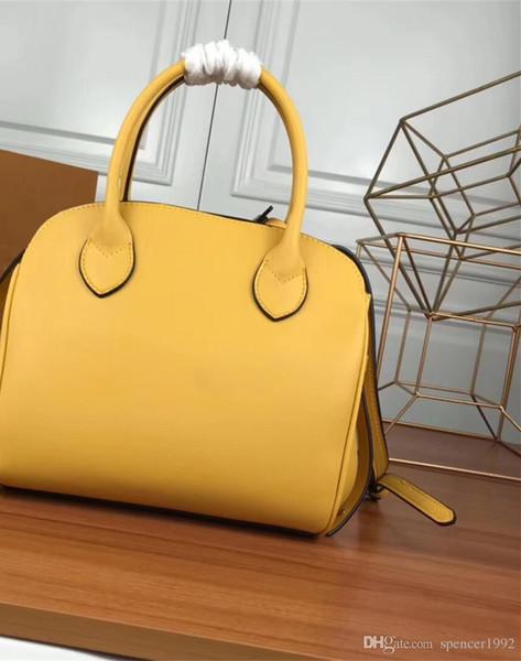 Vintage hakiki deri çanta milla marka tasarımcı çanta Crossbody omuz çantası 55026
