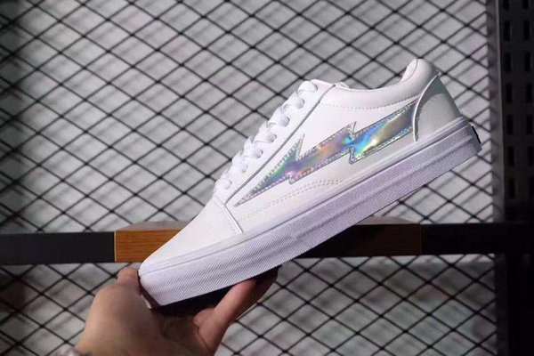 Stilista Yezee Calabasas all'ingrosso Ian Connors Revenge 1ss Storm Sneakers kanye west calabasas Scarpa casual Uomo Donna Scarpe 8 ColoriEUR36-45