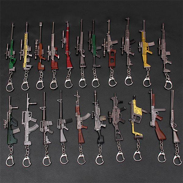2019 Hot Game 37 Styles PUBG CS GO Waffe Schlüsselanhänger AK47 Waffe Modell 98K Scharfschützengewehr Schlüsselanhänger Ring für Männer Geschenke Souvenirs 12CM 190426