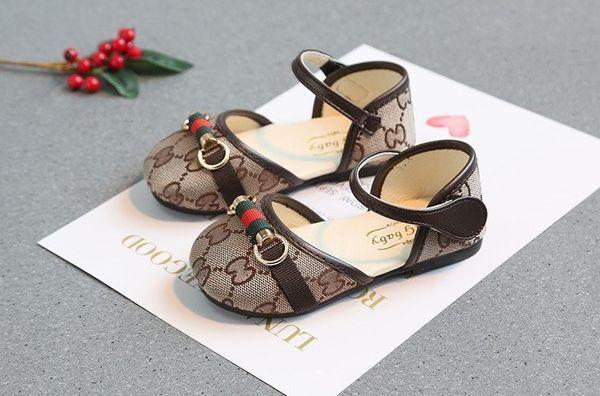 I sandali dei bambini 2019 nuovi pattini della principessa delle scarpe di estate di estate trasporto libero all'ingrosso 0717