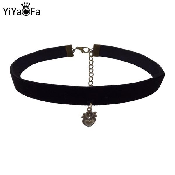 Готическая сердце Choker ожерелье Vintage ленты ожерелье с сердцем Подвеска Женщины Аксессуары Ложные Воротник Statement ожерелье