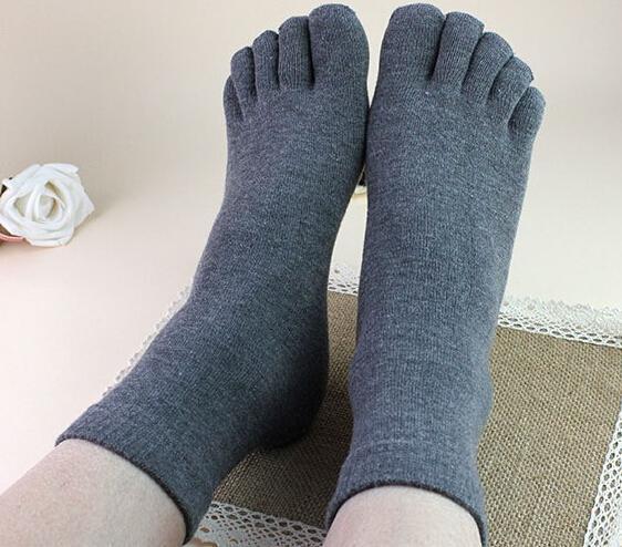 Nouvelle arrivée 10 paires Hommes Femmes Chaussettes Idéal pour cinq 5 Finger Toe Shoes Unisexe Hot