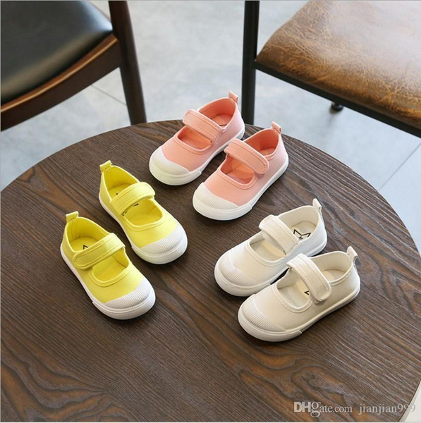 Girls shallow mouth white shoes summer breathable kindergarten baby shoes student children magic stickers canvas shoes tide