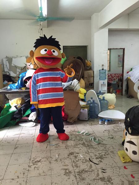 2019 alta qualidade ERNIE traje da mascote bonito dos desenhos animados fábrica de roupas personalizado personalizado adereços andar bonecas boneca roupas