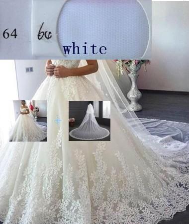 (Weiß) Kleid + Schleier