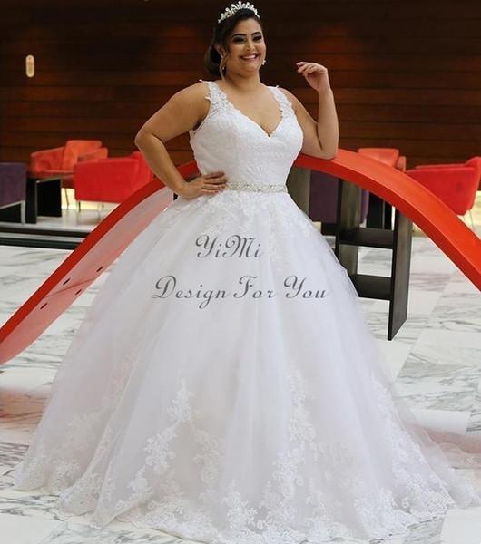 Plus Size Abiti Da Sposa Bianco 2019 V Neck Sweep Treno Appliques Sash Maxi Paese Giardino Cappella Abiti Da Sposa robe de mariee A Buon Mercato