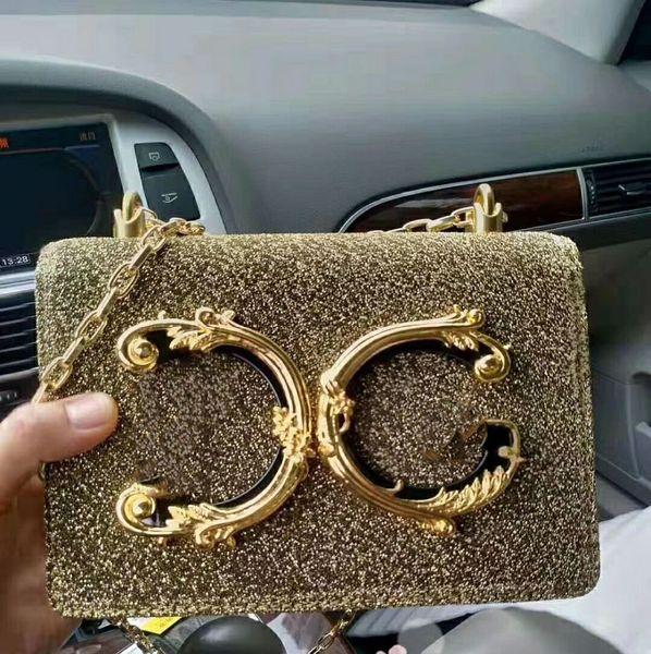 Novo modelo de estilo Europeu de luxo Clássico das mulheres saco da forma saco de festa sensação Metálica feita de couro cor de ouro Carta decoração