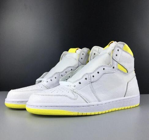 2019 Mens basketball shoes 1 First Class Flight 1s High OG Men Sport Design Mens Athletics Sneakers Trainers size 5.5-12