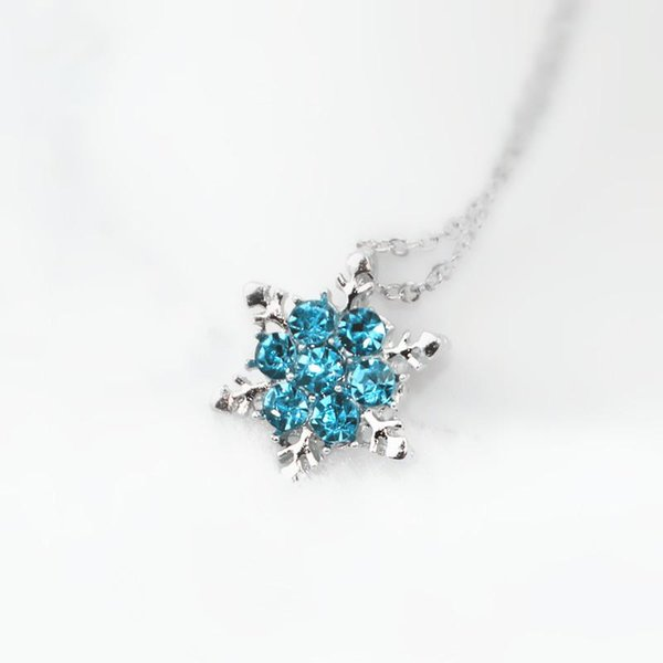 Wholesale- The New Arrival Fashion Blue Crystal Pendant Necklace For Women Elegant Noble Ladies Exquisite Snowflake Jewelry For Banquet x24