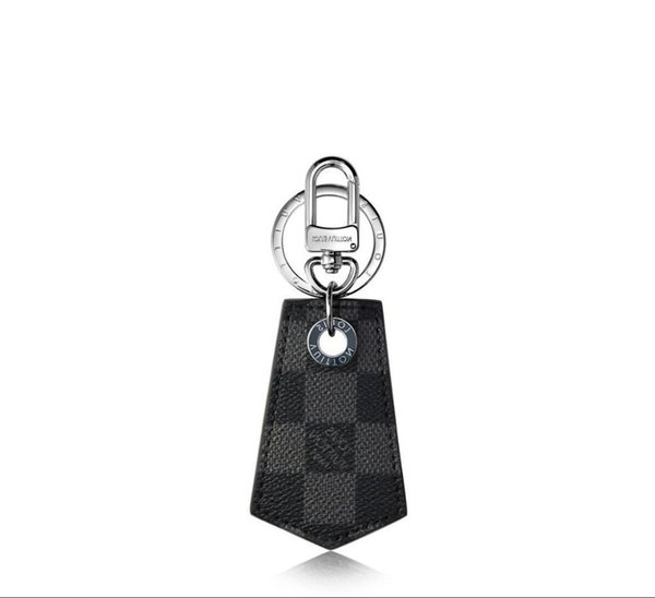 M67916 New Enchappes Keychain Key Holders And More Leather Bracelets Chromatic Bag Charm And Key Holder Scarves Belts