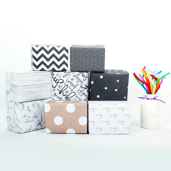 Carta da imballaggio hot-selling Carta da regalo in carta a strisce in bianco e nero