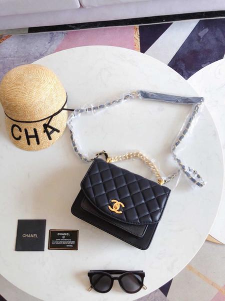 Pequeño diseñador de marca claro Mujer 2019 Nuevas cadenas de mensajero de moda Bolso de hombro Remaches femeninos Bolso cuadrado transparente de PU 0729