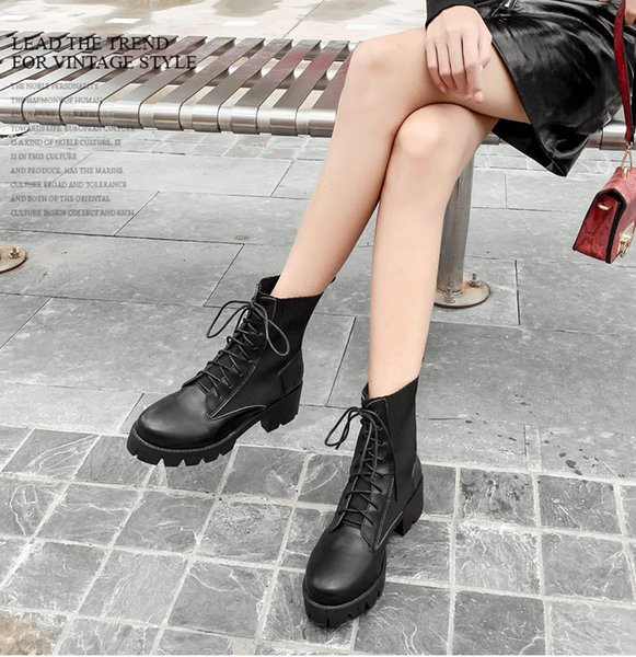 British style 2019 autumn and winter new fashion stitching thick heel lace-up thick heel women's short boots