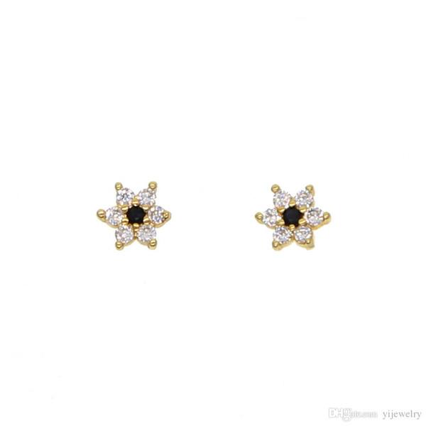 mignonne belle fille boucle d'oreille usine en gros promotion bijoux 5mm minuscule cz fleur blanc noir cz minimal adorable minuscule studs pour fille