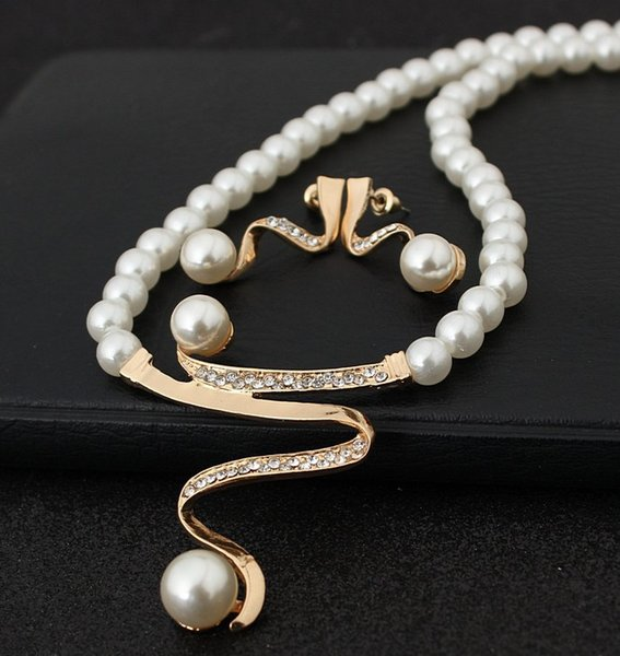 Cheap Pearl New Style Crystal Jewelry Sets Silver Color Earrings Necklaces For Women Exquisite Jewelry Gifts