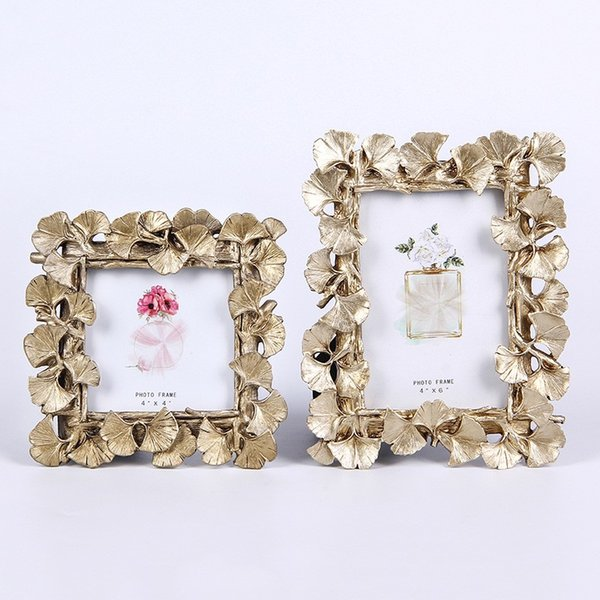 Metal Photo Frame 3 Sizes Vintage Rhinestone Picture Frame 6 Designs Flower Painting Photo Frames Home Living Room Ornament 2 Pieces DHL