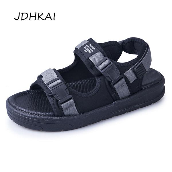 Sandalet Erkekler Ayakkabı Rahat 2019 Yeni Rahat Siyah Kanca Döngü Erkek Ayakkabı Yaz Su Plaj Sandalet Adam Ayakkabı Sandale Sandalen