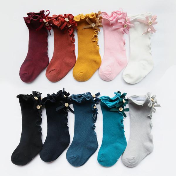 2019 nouveaux enfants chaussettes bambins filles grand arc tricoté au genou haute et doux coton chaussettes en dentelle chaussettes à volants chaussettes C6115