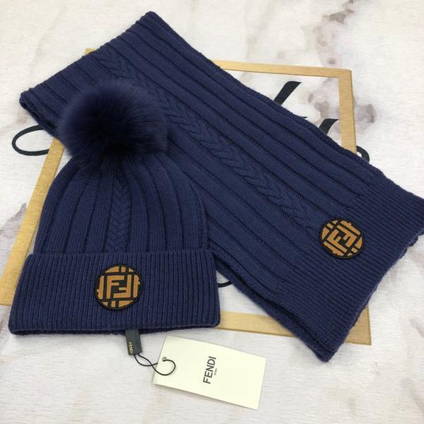 2019 Top Quality Celebrity design Letter Woolen Scarf Hat Men Woman Cashmere wool Fox hair ball hat 2pc 538561 3HE29 4280 005