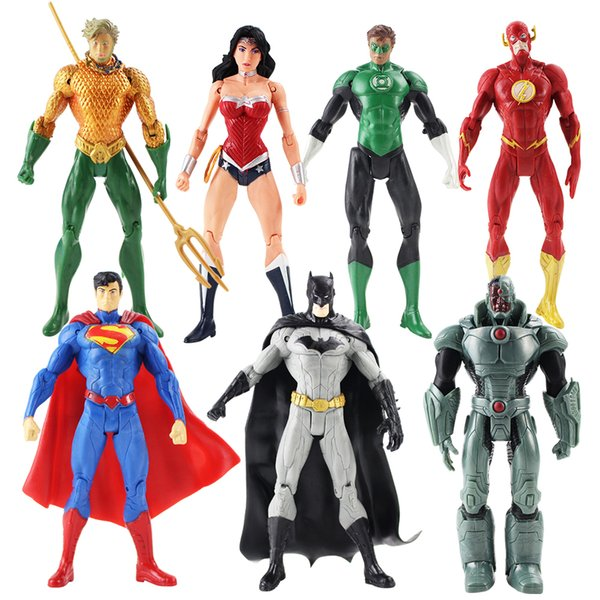 7pcs/lot Justice League Action Figures Superman Batman Flash Aquaman Wonder Woman Cyborg Green Lantern Model Toys