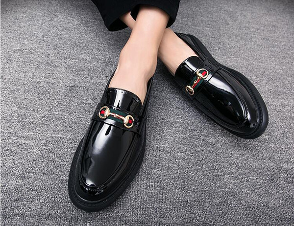 Klasik Moda Sivri Burun Elbise Ayakkabı Erkekler Loafer'lar Erkekler için Patent Deri Oxford Ayakkabı Resmi Mariage Düğün Ayakkabı W365