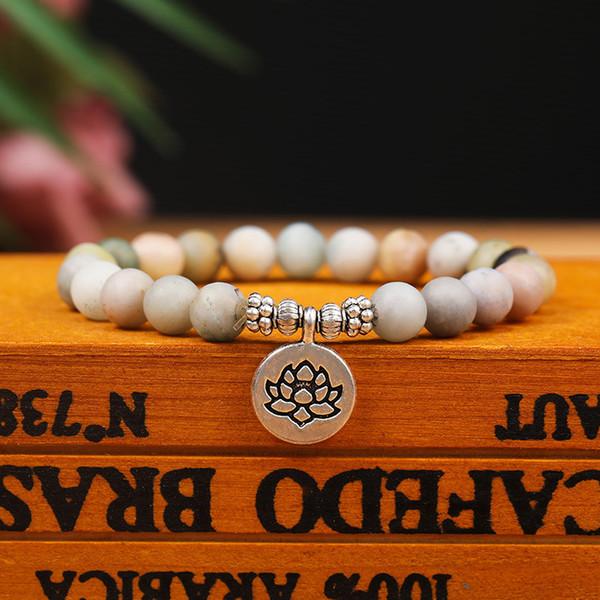 8 millimetri di pietra fatto a mano perline Strand Lotus Beadle Naturale Bracciale Yoga gioielli Chakra Mala del braccialetto di OM Lotus Bracciale Donne Uomini in rilievo Charm