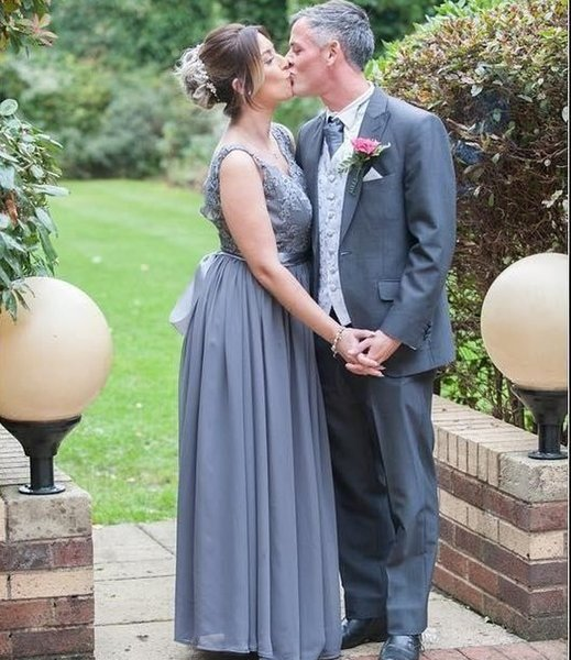 Bohemian Summer Bridesmaid Dresses 2019 V Neck Backless Floor Length Chiffon Appliques Plus Size Garden Country Beach Wedding Guest Gowns