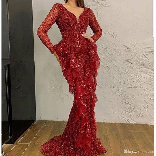 Indossare Sparkly rosso scuro con paillettes sera della sirena abiti da profondo scollo a V maniche lunghe Ruffles vesti de soirée Prom abito arabo di Dubai sera