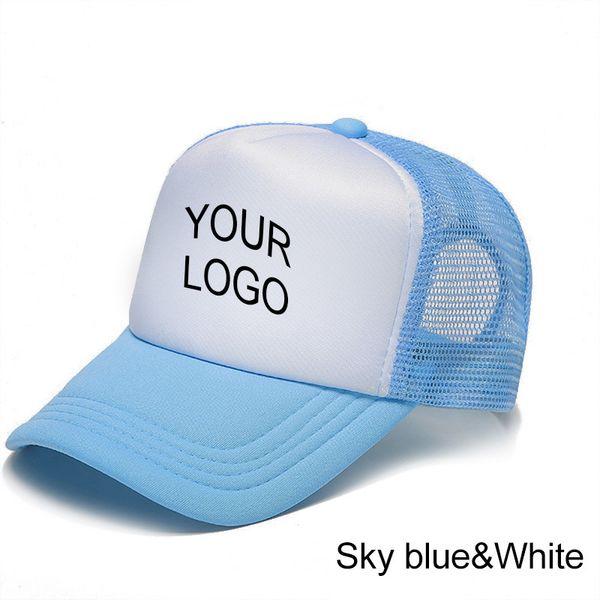 utangaç mavi beyaz bir