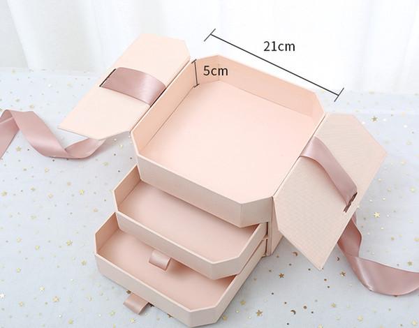 розовый 3 слоя 21x21x15. 5см