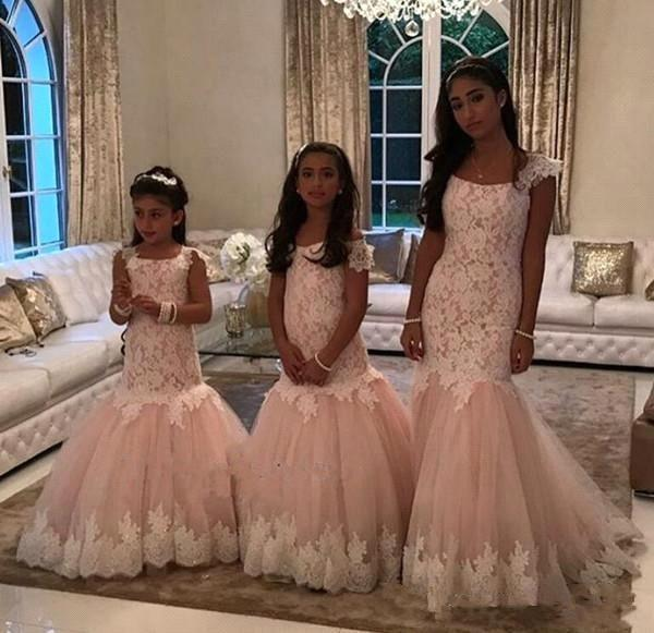 2019 Short Sleeves Lace Sheath Flower Girl Dresses Cap Sleeves Tulle Applique Girls' Pageant Floor Length Formal Wears