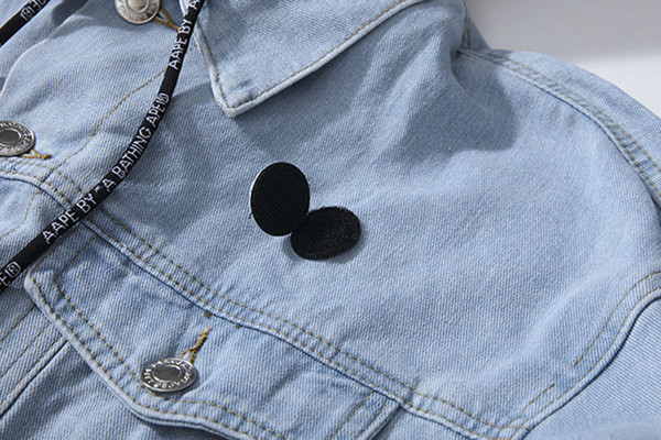 AAPE chaquetas para hombre del diseñador de lujo 2019FW sombrero desmontable Washed Denim chaqueta ocasional de la capa Marca Blue Jackets Venta clásico camuflaje