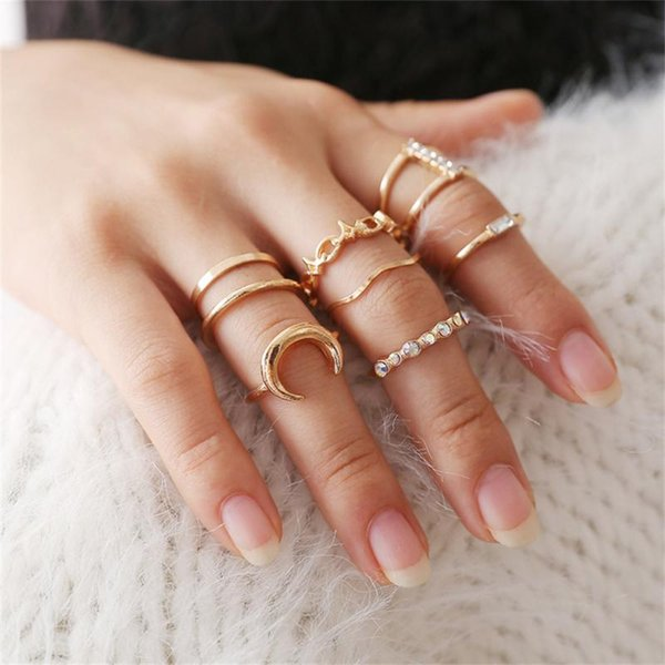 8 pc/set Charm Gold Color Finger Ring Set for Women Vintage Boho Rhinestone Alloy Knuckle Ring Set Knuckle Party Rings Jewelry
