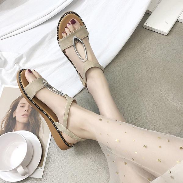 Sandalias de mujer 2019 nuevos zapatos blandos INS marea hada viento verano niñas zapatos estudiantes atados Roma de fondo plano