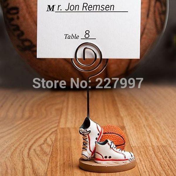 100pcs / lot decoración de la fiesta de bodas - Zapatos temáticos de baloncesto o fútbol Nombre del lugar Titulares de tarjetas Deporte Tema 20180920 #