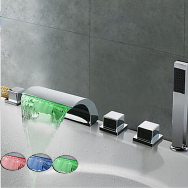 Großhandel LED Wasserfall Badewanne Wasserhahn Verbreitet Badewanne Kaltes  Und Warmes Wasser Waschbecken Mischbatterien Chrom Messing Bad Badewanne ...