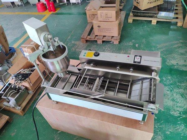 Hediye ile kalıp yuvarlak kek donat kalite üreticisi yuvarlak kek donat çift sıralı otomatik çörek yapma makinesi 3 set artı