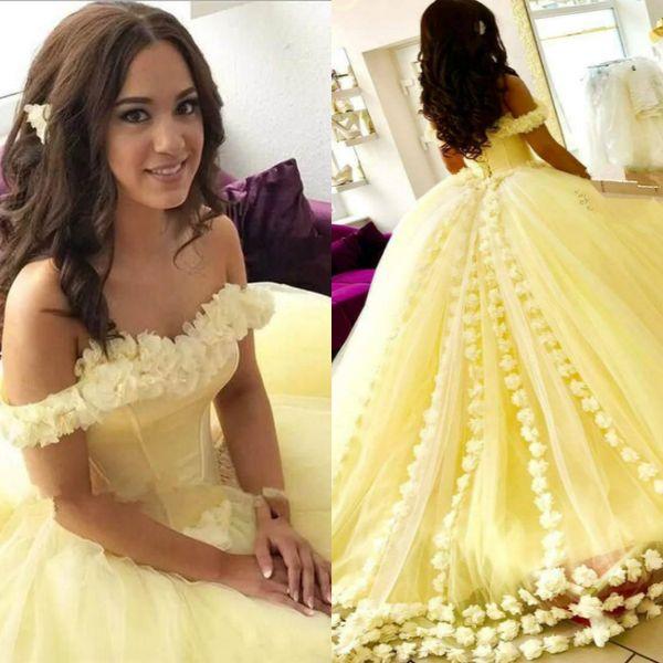 Zarif Sarı Quinceanera Elbiseler Kapalı Omuz 3D Çiçek Aplikler Abiye 2019 Yeni Geliş Tatlı 16 Elbise Ucuz Gelinlik Modelleri Kabarık