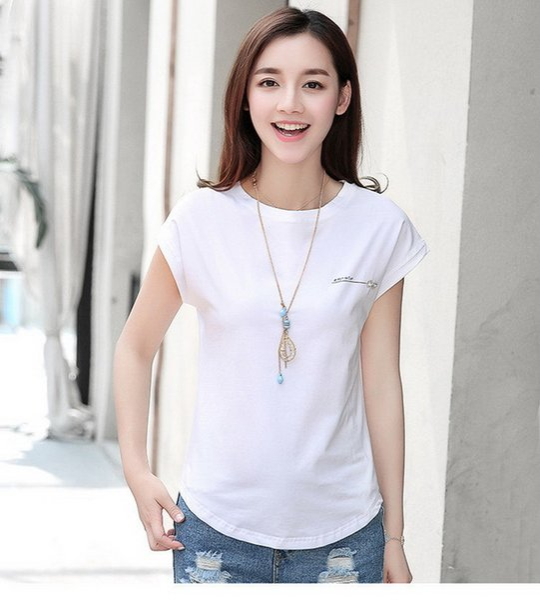 Leisure Fashion Summer nouvelle version coréenne de la mode slim tailleur percer couleur unie col rond 100 ensembles court vente bien T-shirt
