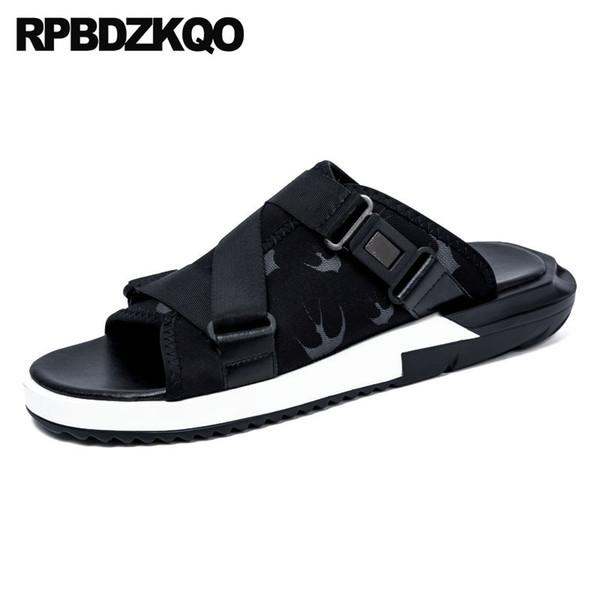 Designer Waterproof Slip On Mens Sandals 2018 Été En Plein Air Pantoufles Hommes Casual Eau Plat Chaussures À Bout Ouvert Ouvert Piste Noir Diapositives