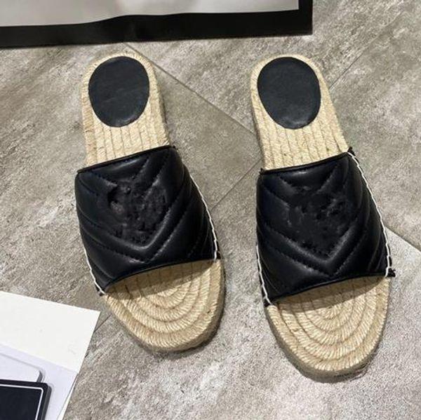 GG Black slipper