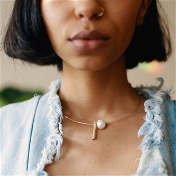Nouveaux Bijoux De Mode Dimple Conception Couples Collier Ras Du Cou Lmitation Perle Pour Les Femmes Fille