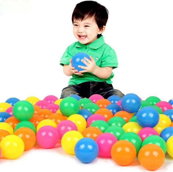 Детский морской шар игрушки 50шт / много воды бассейн Ocean Wave Болл Mix Color Plastic Stress воздушный шарик Смешные Детские игрушки Открытый