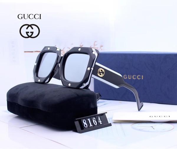 4-óculos + caixa + logotipo