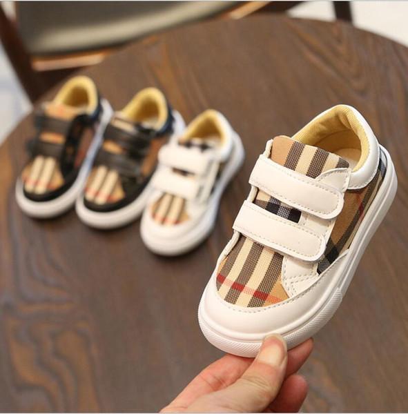 새 디자이너 어린이 완두콩 소년 격자 영국풍 로퍼 부드러운 바닥 흰색 검정 유아 캐주얼 신발 Chaussures 부어 Enfants