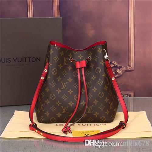 2019G44022 sıcak yeni yüksek kalite zincir omuz moda çanta rahat moda çanta püskül dekorasyon tek omuz çanta